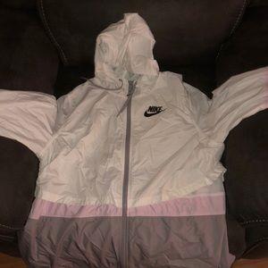 Nike Jackets & Coats - Nike wind breaker